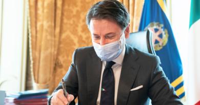 Coronavirus, il Presidente Conte firma il Dpcm del 24 ottobre 2020